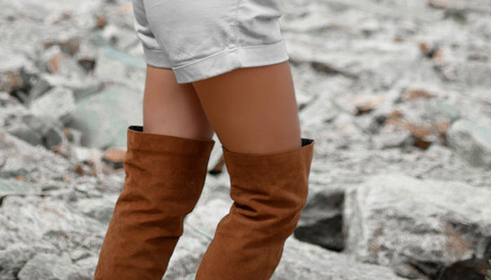 Three ways to wear: overknee boots